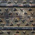 Metal Tread 085